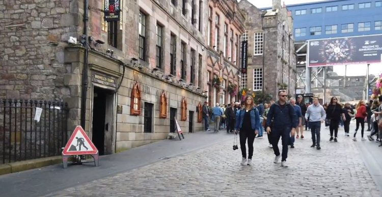 zona de Lawnmarket en la Royal Mile